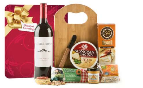happy-holidays-gourmet-wine-cheese-board-gift-set